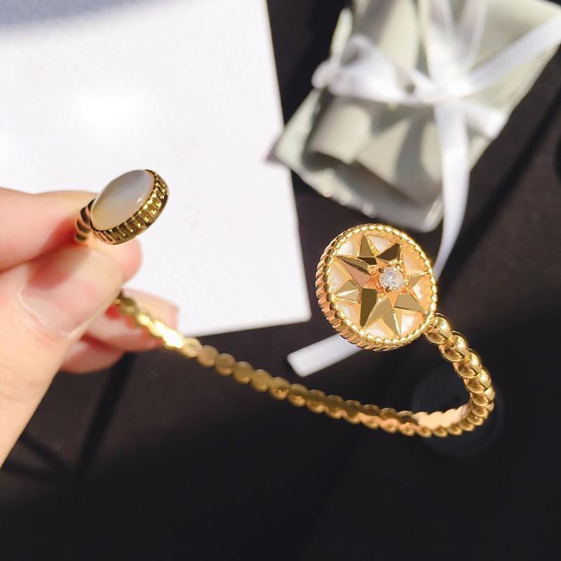 Luxus Schmuck Designer Rose Gold Armbänder für Frauen Öffnen Manschettenarmbänder Hot Mode Kostenlos von Shipping Fashion Luxus Designer Schmuck