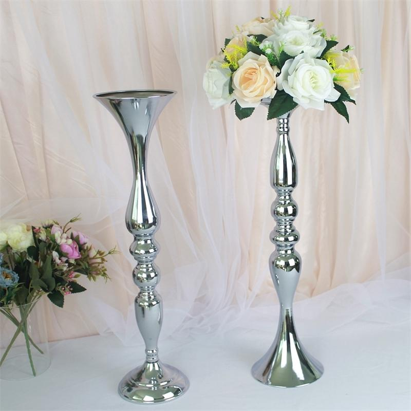 10pcs Silver Metal Bougeoirs Bougeoirs Fleur Vases Chandelier Table de mariage Centres de mariée Evénement Route Fête Fête Candle Stands Rack Y200110