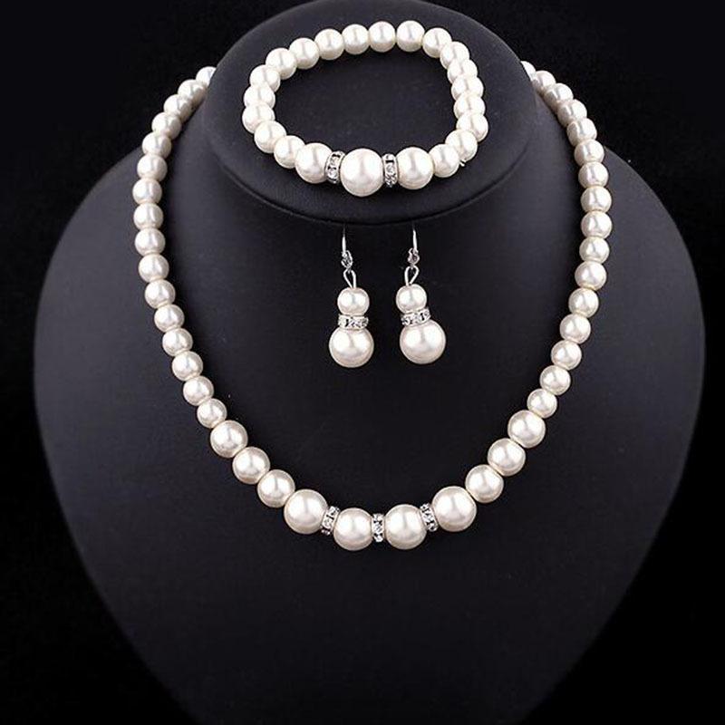 Commercio straniero personalità creativo perla collana di perle orecchini braccialetto set a catena di clavicola moda transfrontaliera europea e americana