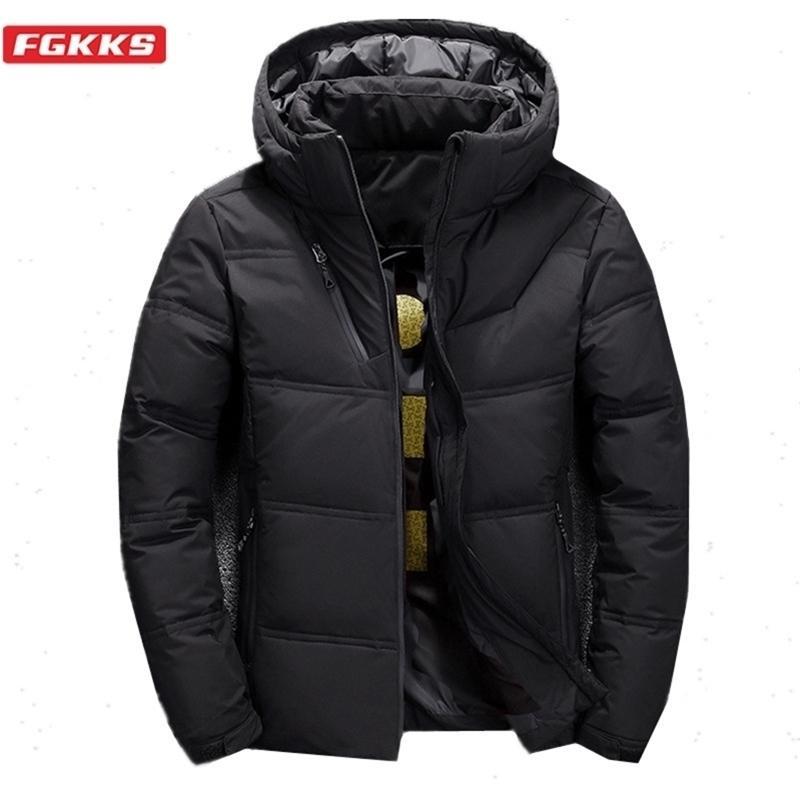 FGKKS Winter Brand Uomo Giacche Cappotti Uomo Trendy Trendy Wild Cappotto caldo con cappuccio Cappuccio Casual Down Piumino Maschio 201226