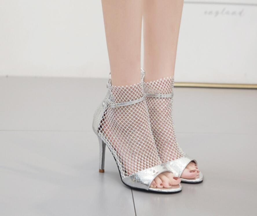 European catwalk model with high-heeled sandals Woman 2021 Luxury rhinestone hollowed-out fishbeak banquet Shoes Roman cool boots