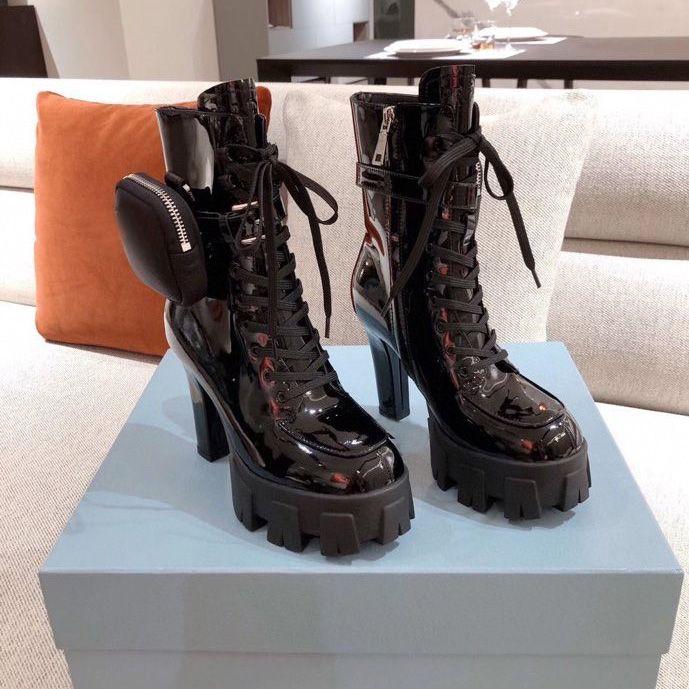 2021 Desiner Venta caliente Mujeres Botas de mujer Calfskin Martin Boots Nylon Bouch Botas de combate Señoras Zapato de fondo grueso al aire libre