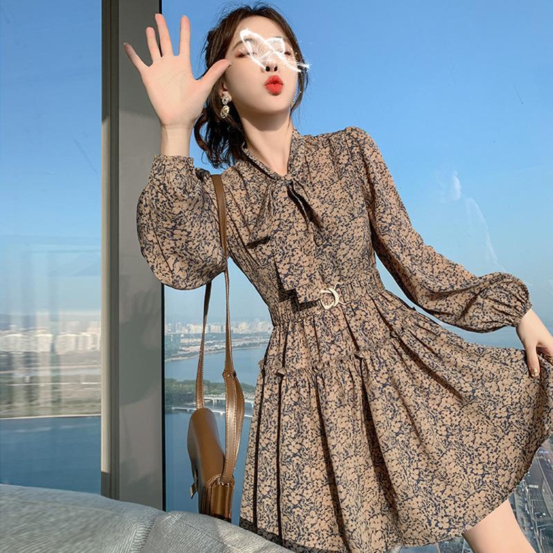 2021 Новый корейский стиль женщины с длинным рукавом A-Line весенний летний мини эластичный ремень ретро бантик воротник платье Vestidos Q1229