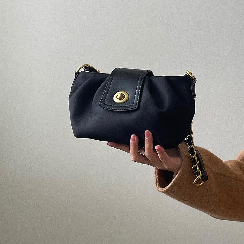 حقيبة الكتف hbp محفظة الرغيف الفرنسي رسول حقيبة يد المرأة أكياس حقيبة جديدة مصمم حقيبة عالية الجودة الملمس الأزياء سلسلة طيات
