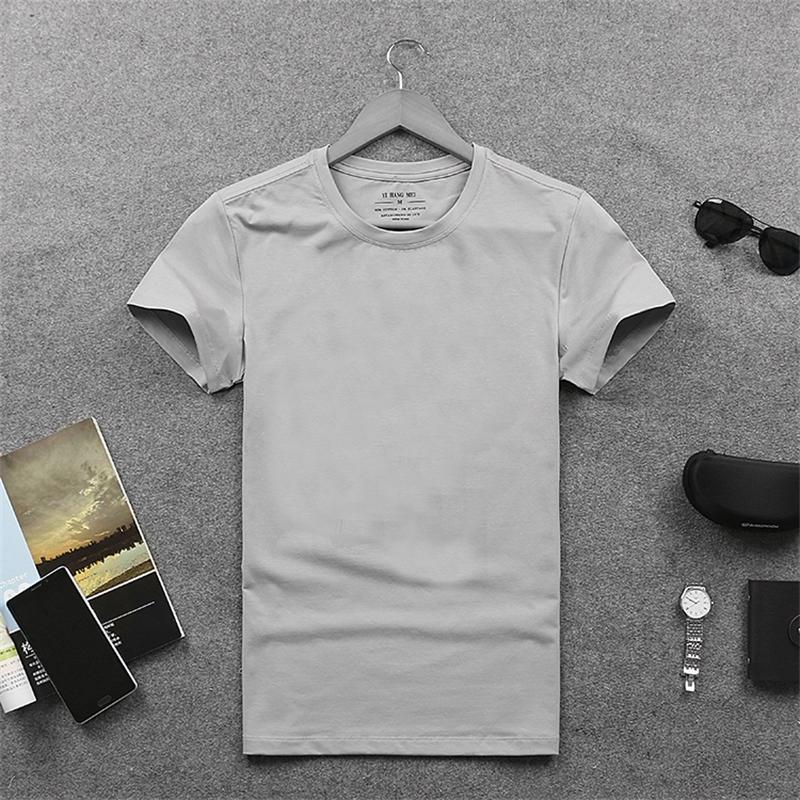 2019 Nouveau simples hommes T-shirt à manches courtes hommes en coton couleur unie été tout-match mode T-shirt slim fit