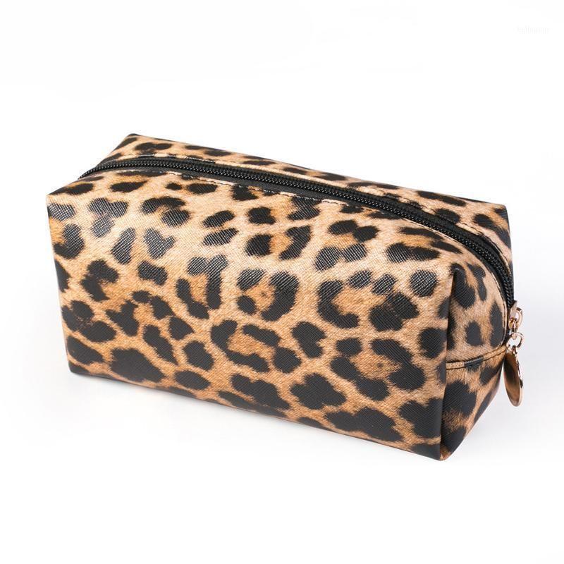 Frauen Geldbörse Leoparden-Druck Tragbare Große Kapazität Clutch Organizer Kosmetiktasche Praktische Reise Aufbewahrungstasche PU Leder Makeup1