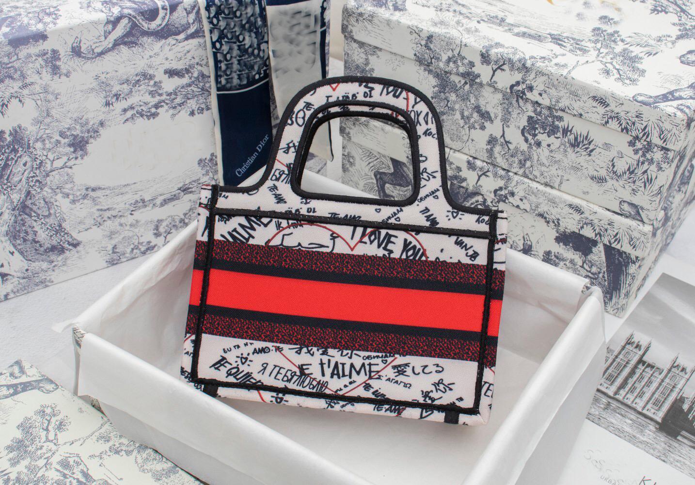 Einkaufstasche Stickerei Mode Neue Leinwand Paris Designer Handtaschen Mini Retro 2021 Ethnische Taschen Handgemachte Muster Stil Luxur BRNPO
