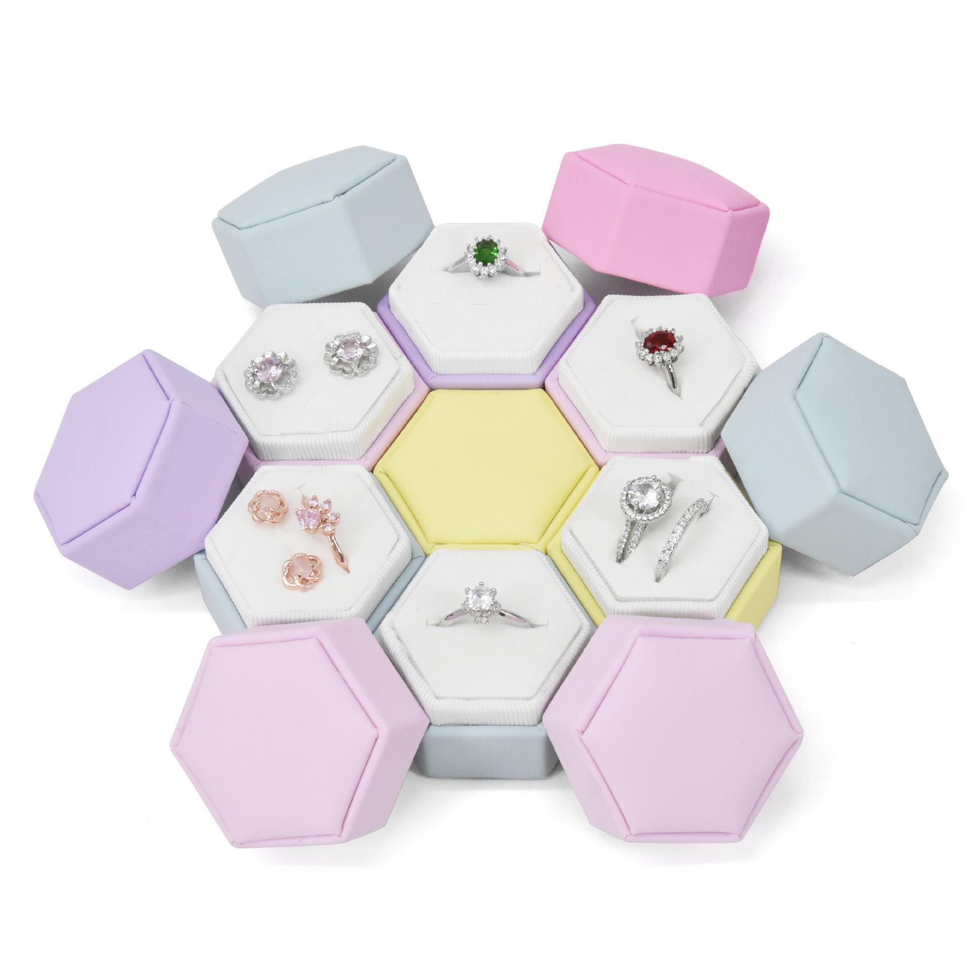 بو الجلود المعكرون اللون البسيطة للماء البنصر حلقة القرط تخزين مربع لحزمة هدية عيد الحب عيد الحب