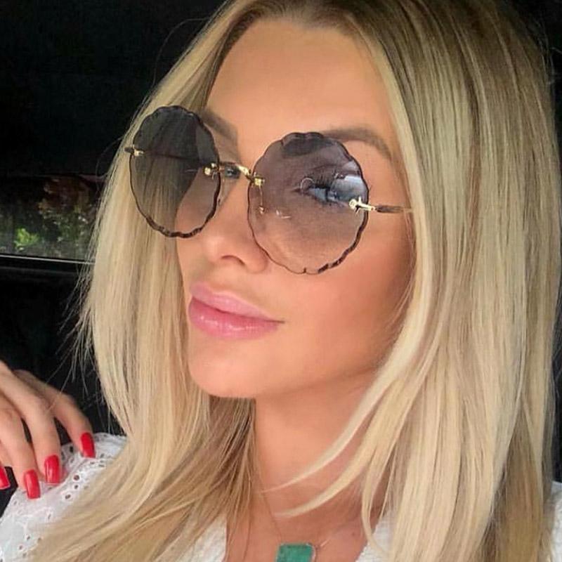 Brand Fashion Occuori Occhiali da sole rotondi Design Flower Design Trendy Sunless Occhiali da sole Occhiali Sfumati per le donne che guidano occhiali UV400