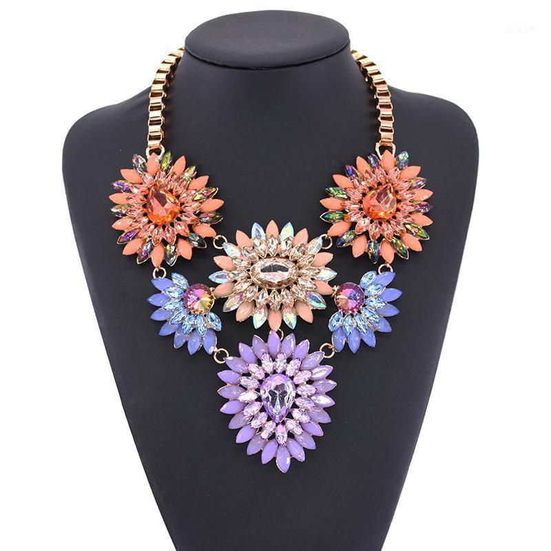 Crystal Acrylic Flores Declaración Declaración Gargantilla Collar Mujer Moda Chunky Big Choker Maxi Étnico Grande Collar Collares 20201