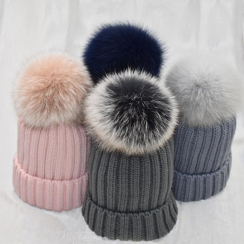 Berretto / cranio Cappucci in pelliccia bianca POM POM Femminile Cappelli invernali Cappello da palla Donna Girl's Wool Wool Maglia Berry Berry Berretto Berretto Berretto Brand