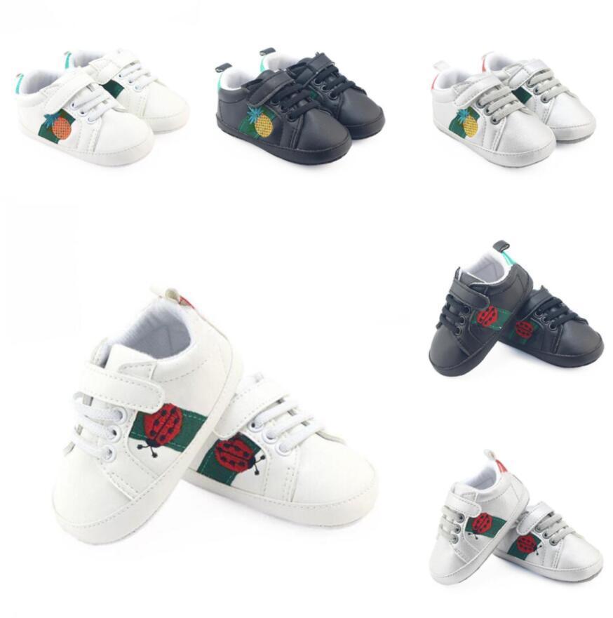 Baby Girl Boys Shoes Newborn Baby Shoes нескользящая мягкая подошва Детская кроватка PU Случайные кроссовки Первый ходунок