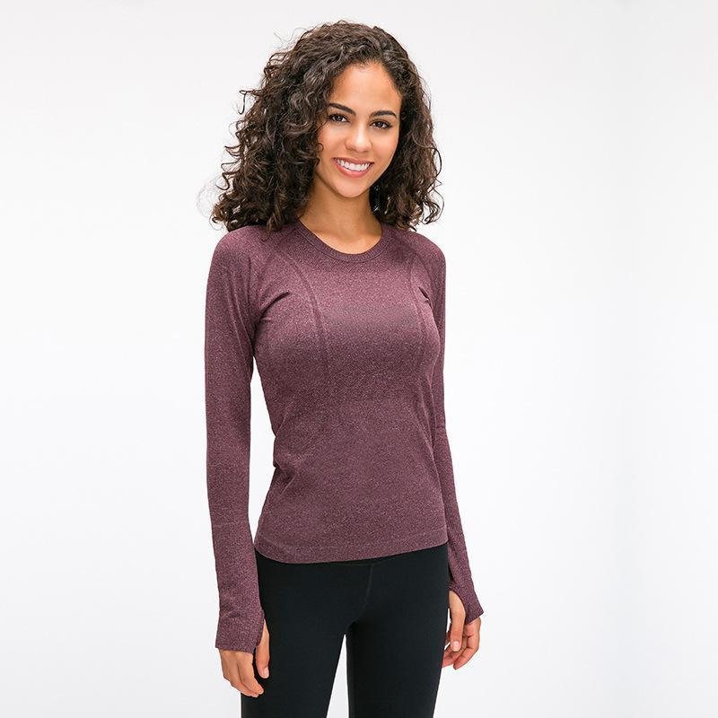 Women's Seamless Long Sleeves Sports Fitness Yoga Shirt With Thumb Holes Breathable Gym Workout Top Round Neck Running Sportwear1