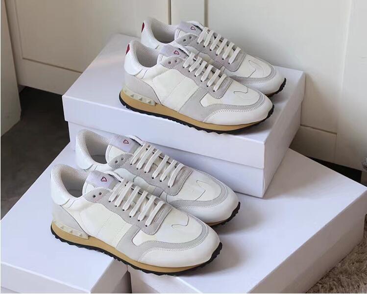 Bej Süet Çivili Çift Ayakkabı Kaya Perçinler Koşucu Sneaker Ayakkabı Kadınlar Erkekler Için Çivili Rahat Ayakkabı Sneakers Kutuları ile Chaussures