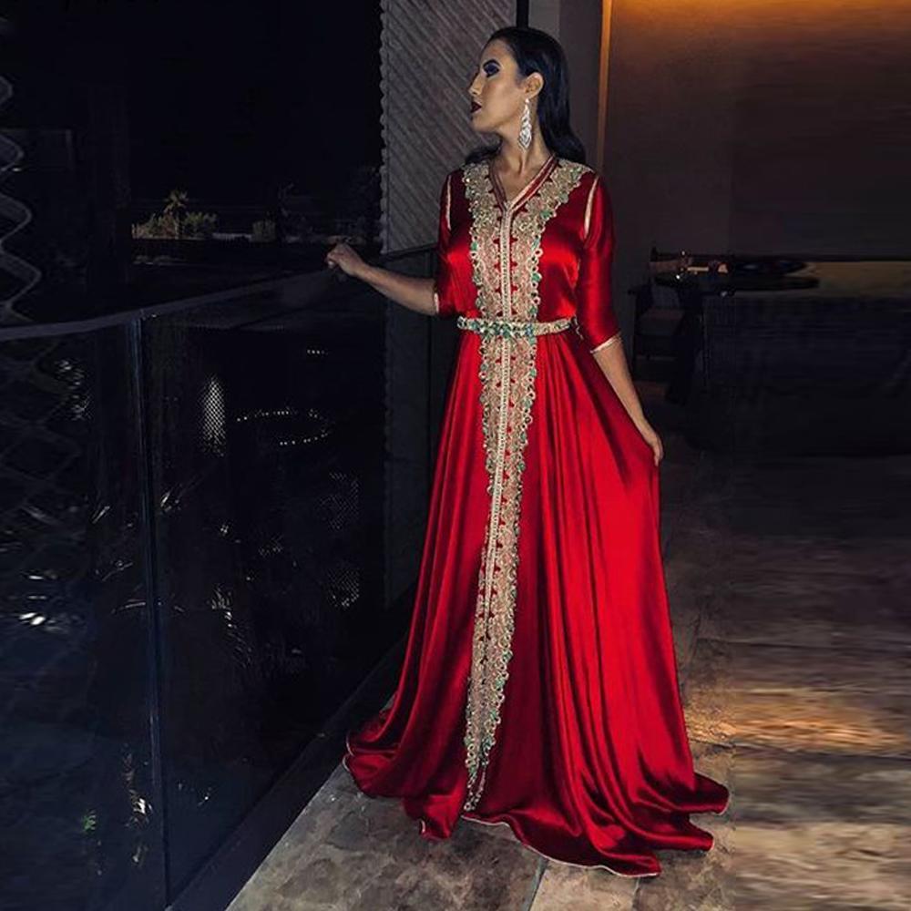 2021 Muslim robes de soirée V-cou satin marocaine Kaftan dentelle d'or demi-manches Arabie arabe Parti Occasion spéciale Robe Custom Made