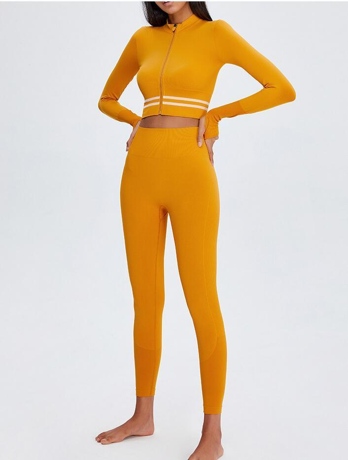 2021 Primavera New Net Red Women Yoga Sport Cappotto Nylon Elastico Zipper Camera da corsa Sexy Fashion Fitness Suit