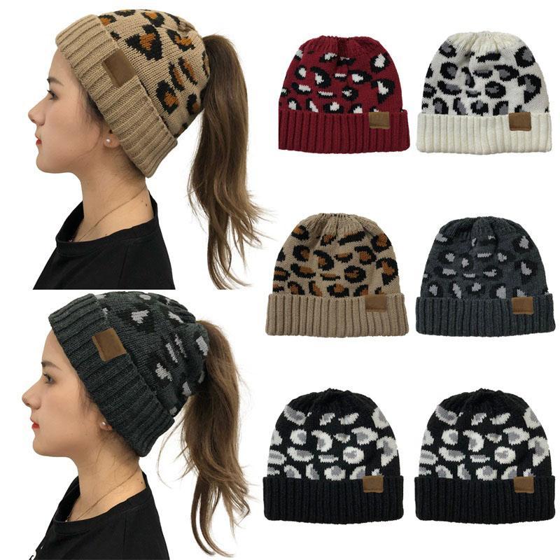 Moda para mujer otoño e invierno encrespada del estampado Cola de caballo hueco top de punto sombrero caliente al aire libre a prueba de viento sombrero de lana