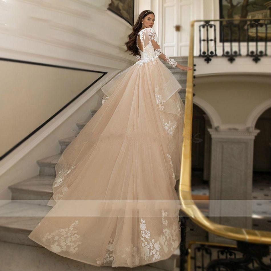 Sexy Deep V-Ausschnitt Champagner Brautkleider 2021 Langarm Spitze Applique Open Back Princess Church Hochzeitskleid Elegant Garten Brautkleid