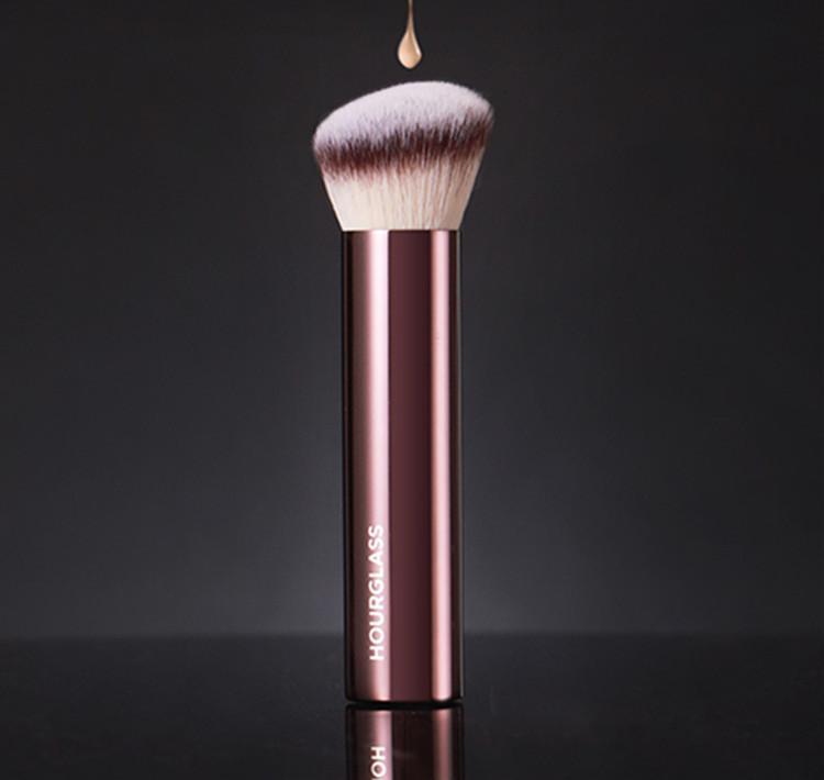 Hourglass Cosméticos Vanish Finish Finish Foundation Brush Qualidade genuína Cremoso BB Primer Kabuki Maquiagem Escovas Sintéticas Hair Navio Livre