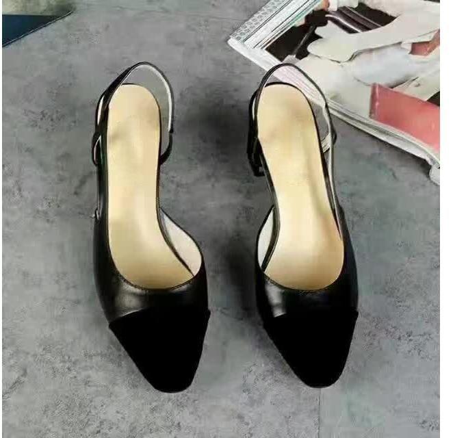 2020 Nova Moda Feminina Sapatos de Luxo Feminino Curto Salto Bege Sandálias Qualidade Soft Leather School Girls Casual Holiday Lady Grosso Saltos Grosso tamanho 35-41