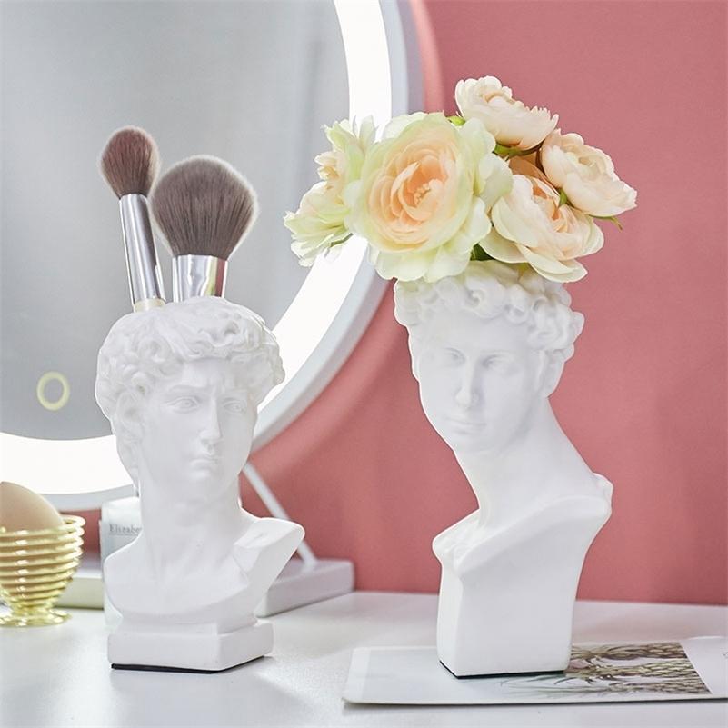 Résine Vase Accueil Décoration Fleur Pot Maquillage Pinceau Porte-brosse Sculpture Cosmétique Boîte de rangement Porte-stylo Statue Art Décoration LJ201209