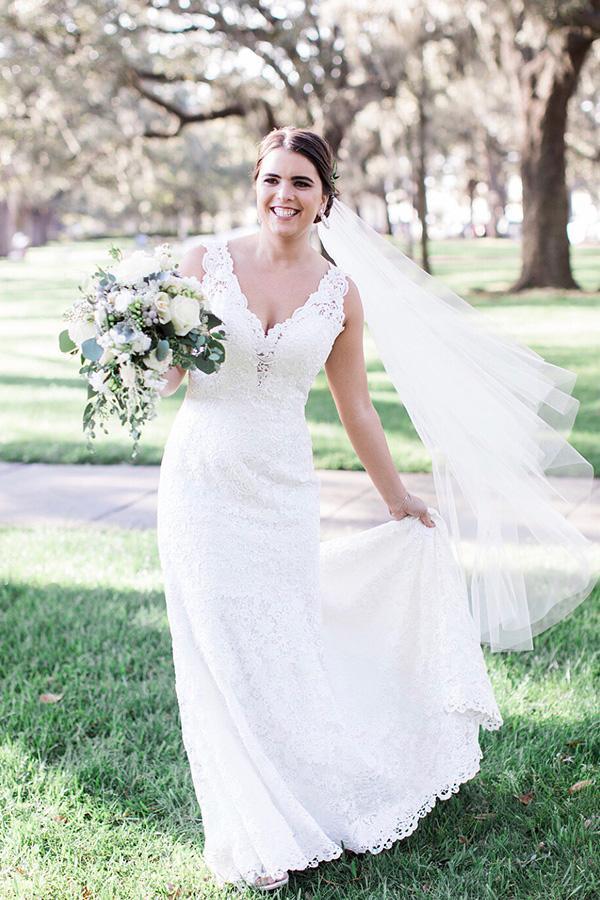 Unique Design Back Bride Dresses V-Neck Long Wedding Party Dress Vestidos De Novia Bridal Wedding Gowns