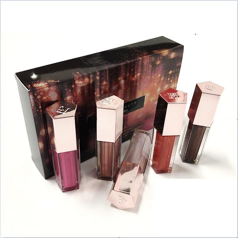 New Lip Gloss Set de Noël Mini diamant Lip Glaze Lip Gloss 5 pièces Gloss Collection Festive Bombe ePacket Livraison gratuite.