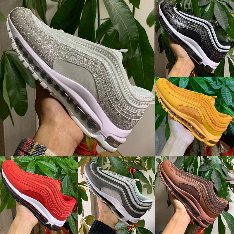 97 koşu ayakkabıları 2020 Moda Kadın Erkek 97 Koşu ayakkabıları Big Worldwide Siyah Beyaz Sky Barely Gül Outdoor Spor Eğitmenler Spor ayakkabılar