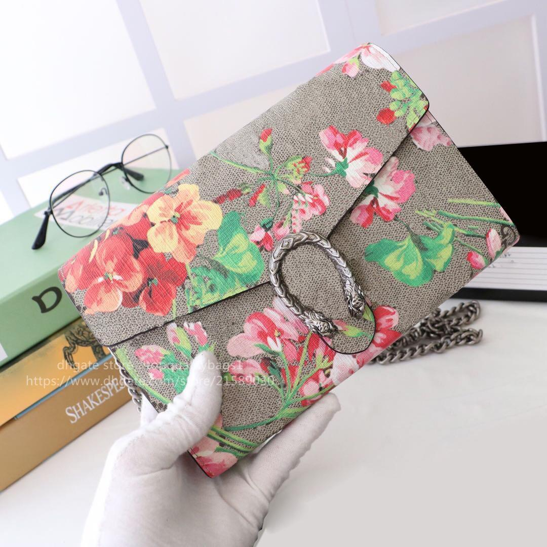 Hot Venduto Fashion Genuine Pelle Pelle Top Quality Donne Lussurys Designer Borsa a tracolla Donne Classic Letter Key Catena Crossbody Bag Shipin22