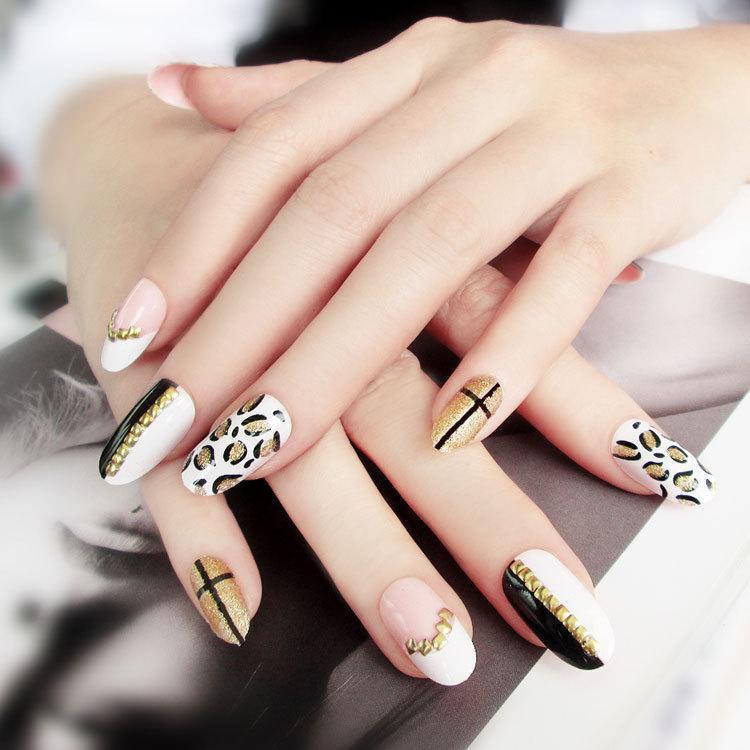Negro en blanco y negro Leopardo Nails falsos Creativo impermeable Funda completa DIY Nail Wraps Pegatinas Patch de uñas Toena Foils