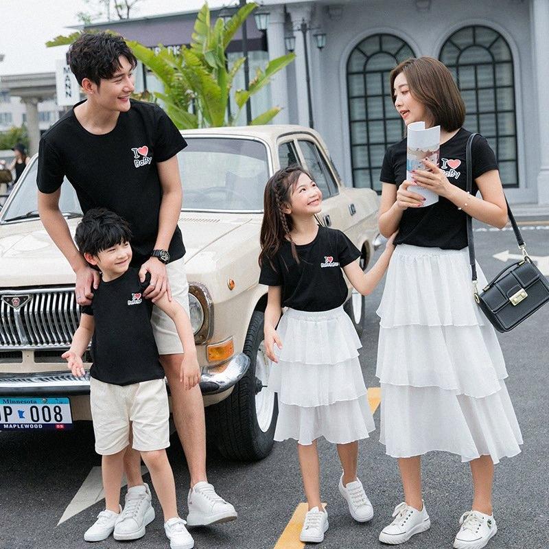 CAMPA FAMILIA T SHIRTS FAMILIA DE VERANO Mirar mamá y yo vestidos papá hijo a juego de algodón camiseta pareja ropa W9RG #
