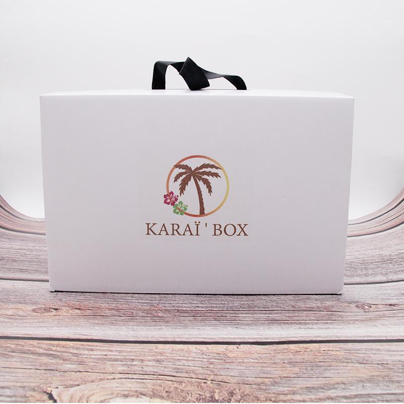 Индивидуальная портативная коробка Высококачественная коробка для обуви Парик парик Упаковка для волос Упаковка окружающей среды Крафт-бумага подарок может быть настроен1