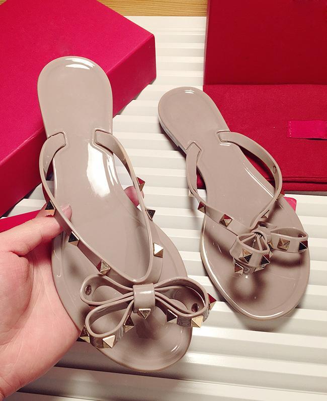 Designer-ts Frauen Sandalen Bogenknoten Flache Slippers Mädchen verzierte kühlen Strand Slides Gelee Schuhe 35-41 heiße Verkäufe