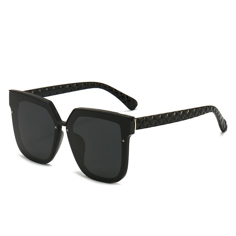 Top lunettes de soleil de luxe Polaroid Lens Designer Femmes Goggle Goggle Seuil lunettes de vue pour femmes lunettes de lunettes Vintage métal lunettes de soleil avec boîte