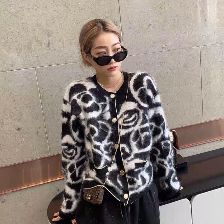 20201010 autunno e la nuova usura top coat colore bianco e nero del cardigan di inverno delle donne