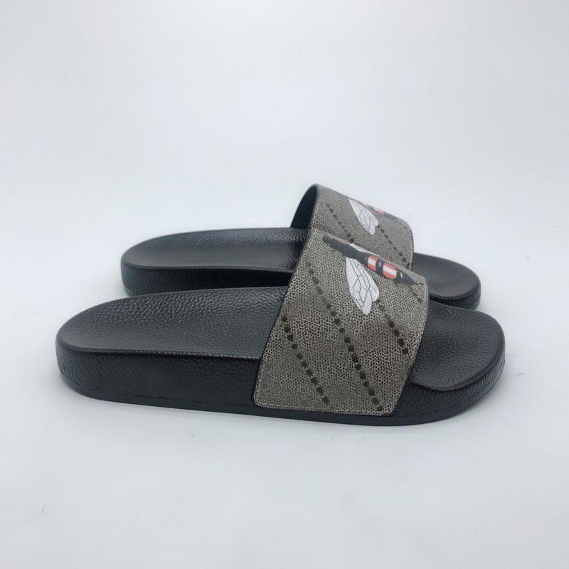 2021 Nuove Donne Uomini Diamide Scivola Summer Pantofole Spiaggia da sandali piatti da interno Pantofole Casa Implip flops con Spike Sandal Top Quality