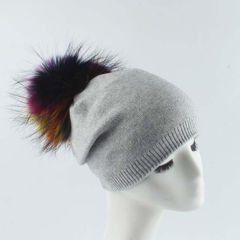 Femmes chapeau hiver avec une tricot de laine de pompon coloré tricot de laine véritable fourrure ski chaud accessoire extérieur pour fille adolescents luxe