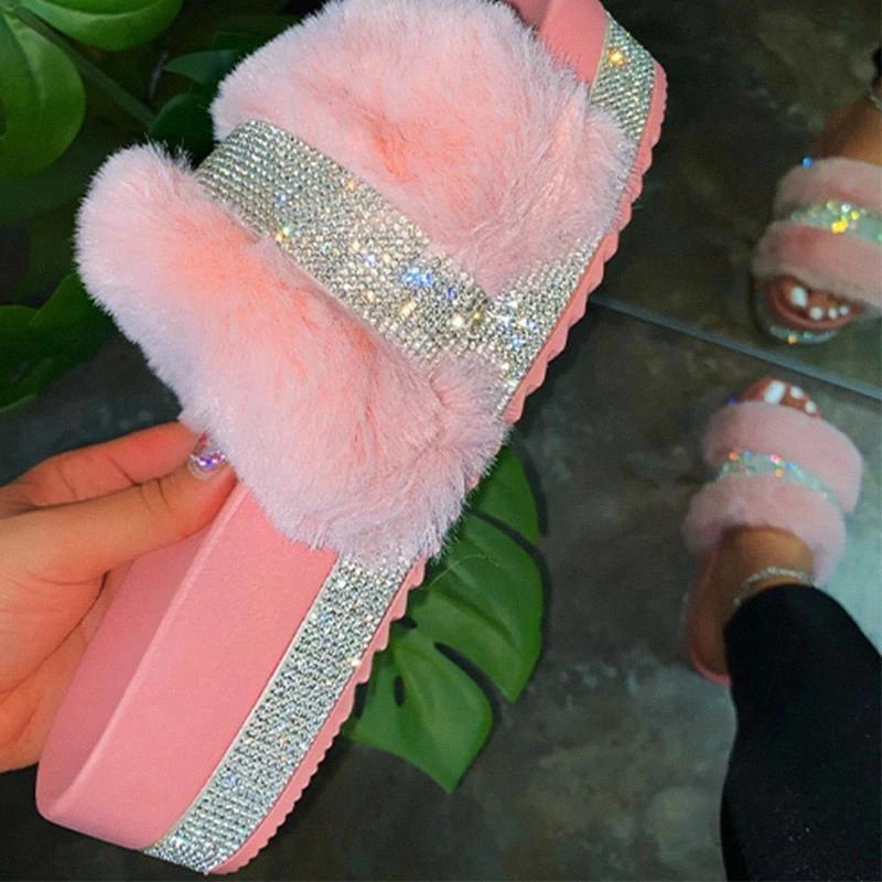 Femmes Pantoufles à fourrure Été Purron Diapositives Femme moelleuse Chaussures intérieures Femmes Bling Fuzzy Diapositive Sliders Wholesale Dropshipping # Cy8i