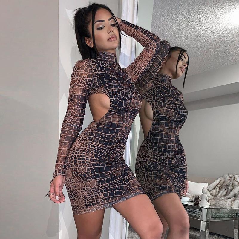 Snake Print Backless Fall 2020 Donne Abiti da festa Abiti a maniche lunghe Fashion Skinny Bodycon Clubwear Sexy Hot Mini Dress Slim