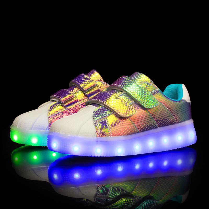 Atletik Açık 7-Renkli LED Çocuk Rahat Ayakkabılar Işıkları Ile USB Şarj Aydınlık Sneakers Çocuklar için Erkek Parlayan Kızlar Işıklı