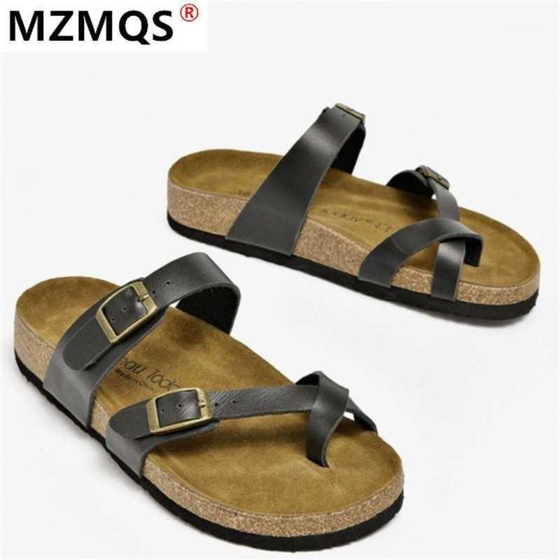 2020 Sandali femminili di moda Sandali Estate Nuovi sandali metallici da donna Sandali donna Piattaforma Flip flop all'aperto Beach1