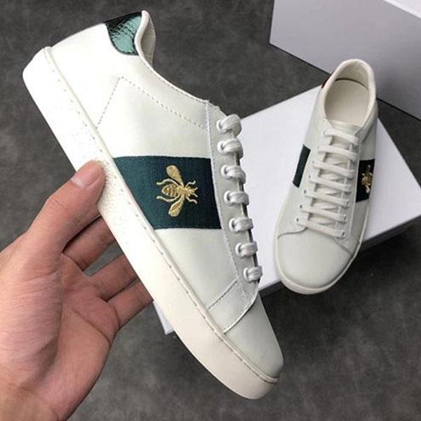 Moda ace bordado pequeno abelha casual sapatos lisos homens mulheres baixas corte branco sapatilhas preto mocassins de couro genuínos designers sapatilhas