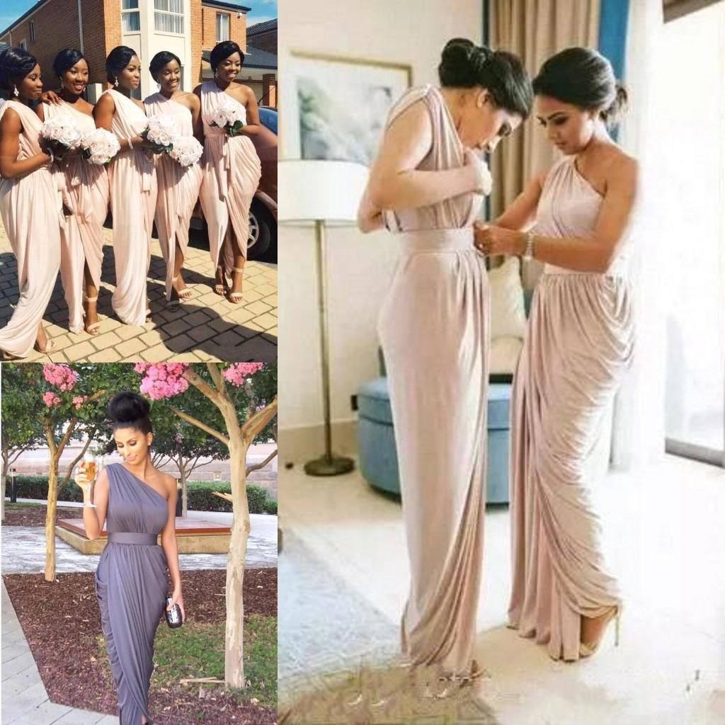 春の夏の花嫁介添人ドレスシースプリーツワンショルダーボヘミアン結婚式のゲストドレスアフリカの格安のメイドの名誉ガウン