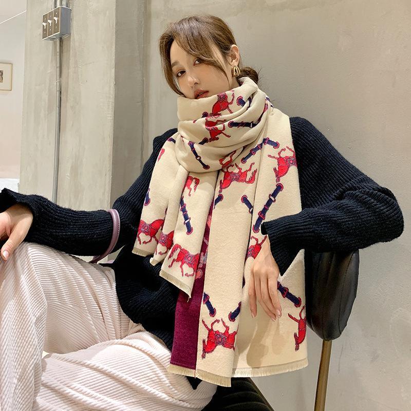 Winter lady tassels soft wool Beach towel fashion style autumn two-sided cashmere Scarf Popular carriage Print keep warm Shawls