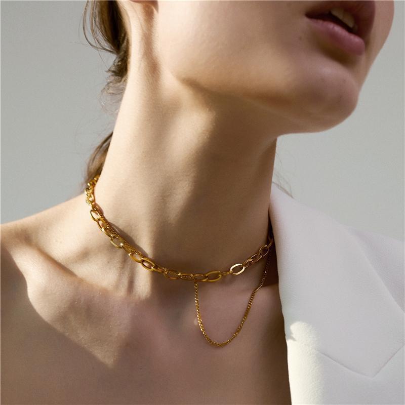 Chokers Европейские и американские модные однослойные кросс-цепи ожерелье женские личности универсальные клавиши высокого уровня