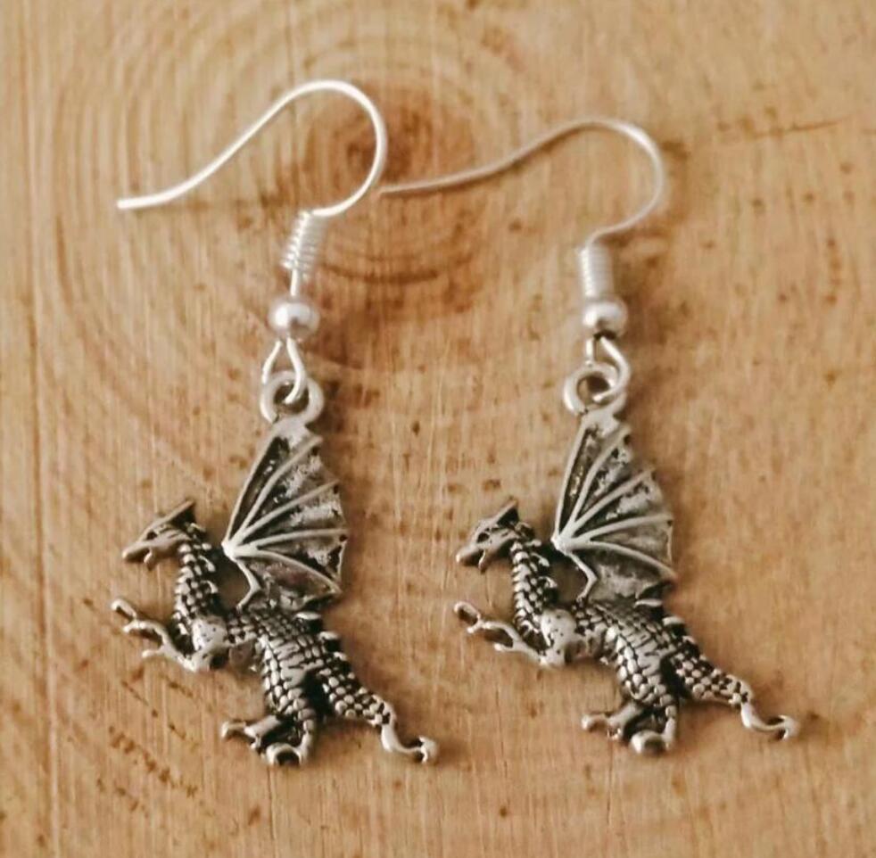 NEW Metal Crescent Alloy Flying dragon/pterosaur/crocodile Earring Friendship Charm Drape Earring DIY Women Jewelry Gifts 236