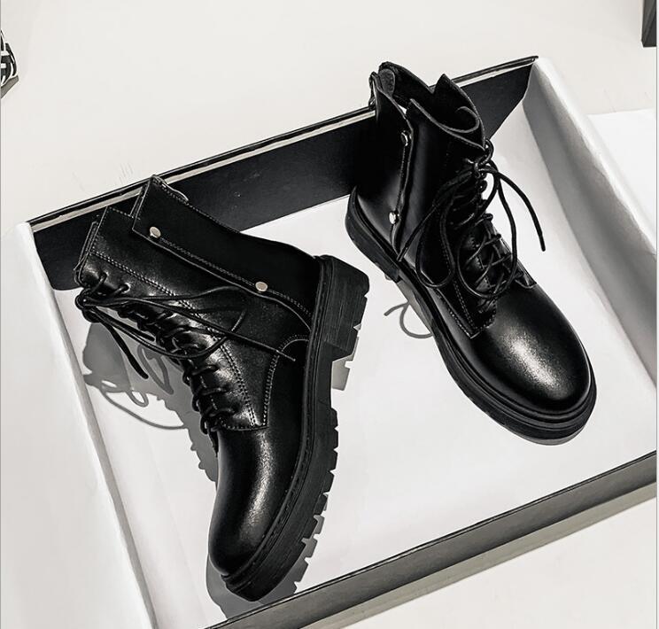 Мартин сапоги женские зимние британский стиль 2020 новые толстые каблуках плюс флис короткие сапоги дикие и красивые черные плоские ботинки