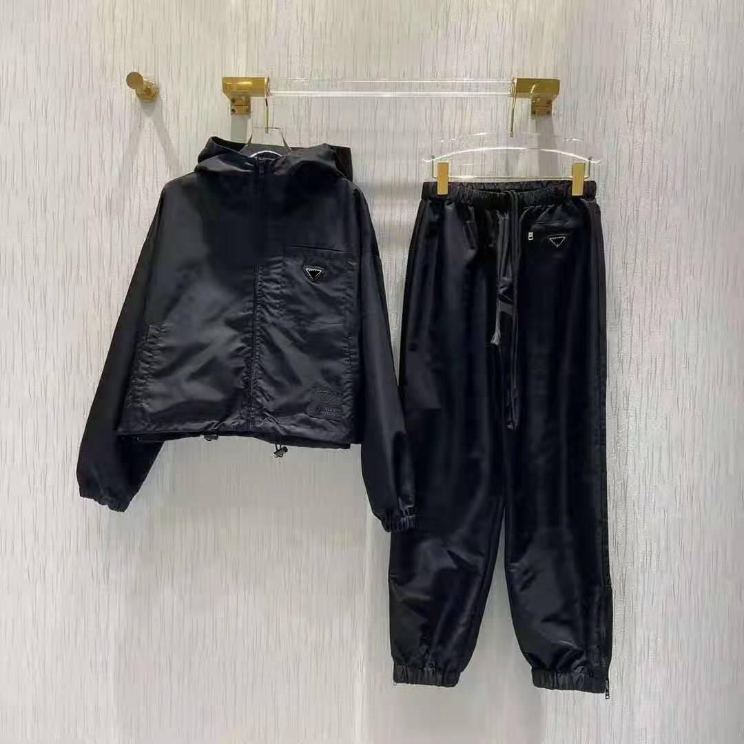 Veste pour femme Capuche à capuche à capuche coupe-vent avec pantalons ensembles pour Lady Slim Mode Haute Qualité Jacket de haute qualité Taille de costume en deux pièces S-L
