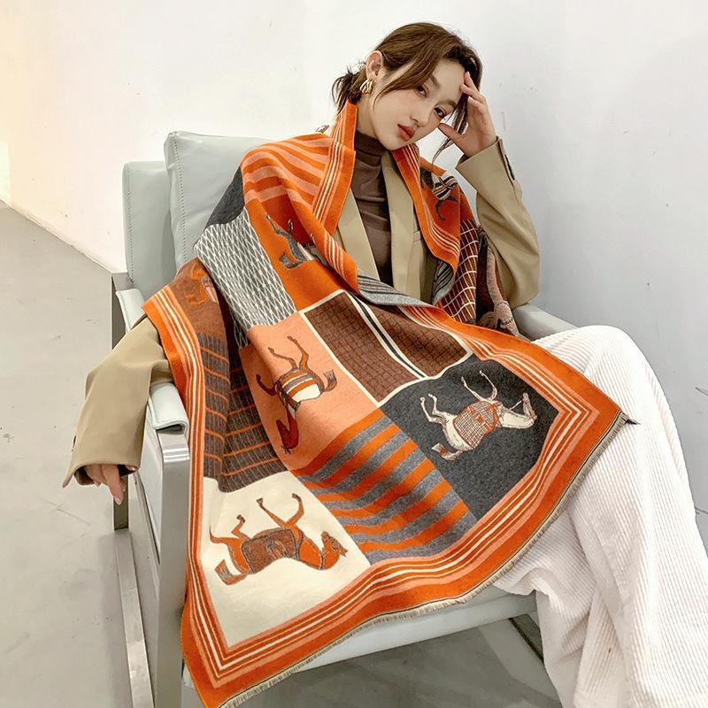 Schals 2021 Luxus Kaschmirschal Damen Winter Warme Tücher und Wraps Design Horse Print BUFANDA Dicke Decke Schals1
