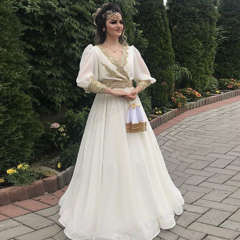 Mousseline pas chère Kosovo Albanais White Bal Robes Une ligne Or Applique Formelle Soirée Gestion de soirée Vestine de Fiesta